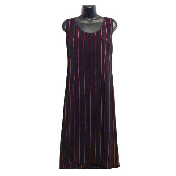 Mijoli Dresses & Skirts - Mijoli Vintage Silk Shift Dress